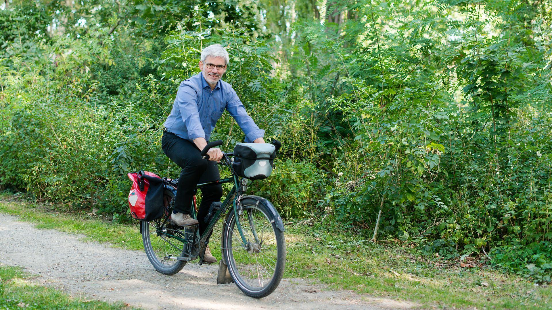 Stefan Brix unterwegs auf dem Fahrrad